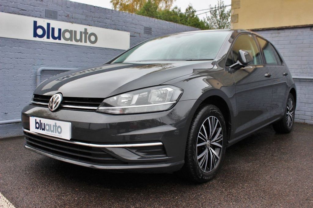 USED 2017 67 VOLKSWAGEN GOLF 1.4 SE NAVIGATION TSI BLUEMOTION TECHNOLOGY 5d 124 BHP 1 Owner, Adaptive Cruise Control, Parking Sensors, Bluetooth, DAB Radio, Hill Hold