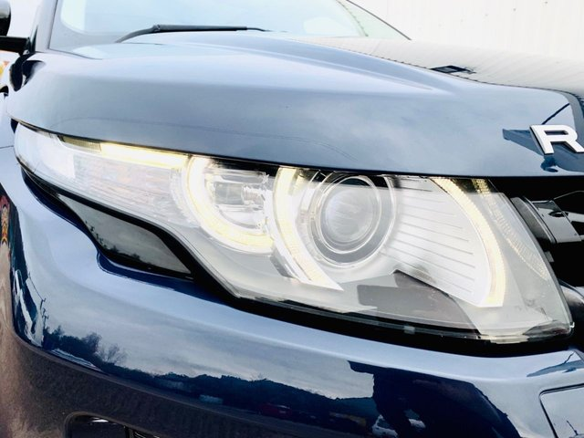 USED 2013 13 LAND ROVER RANGE ROVER EVOQUE 2.2 SD4 DYNAMIC LUX 5d 190 BHP REAR DVD HEADREST SCREENS - REVERSE CAMERA - PANORAMIC GLASS ROOF - FREEVIEW TV - FULL HISTORY, LAST MARCH 2020 - 12 MONTH MOT - SATELLITE NAVIGATION