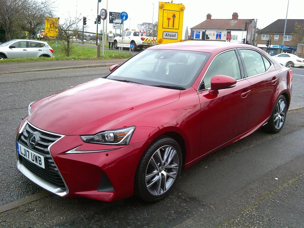 USED 2017 17 LEXUS IS 2.5 300H EXECUTIVE EDITION 4d AUTO 179 BHP