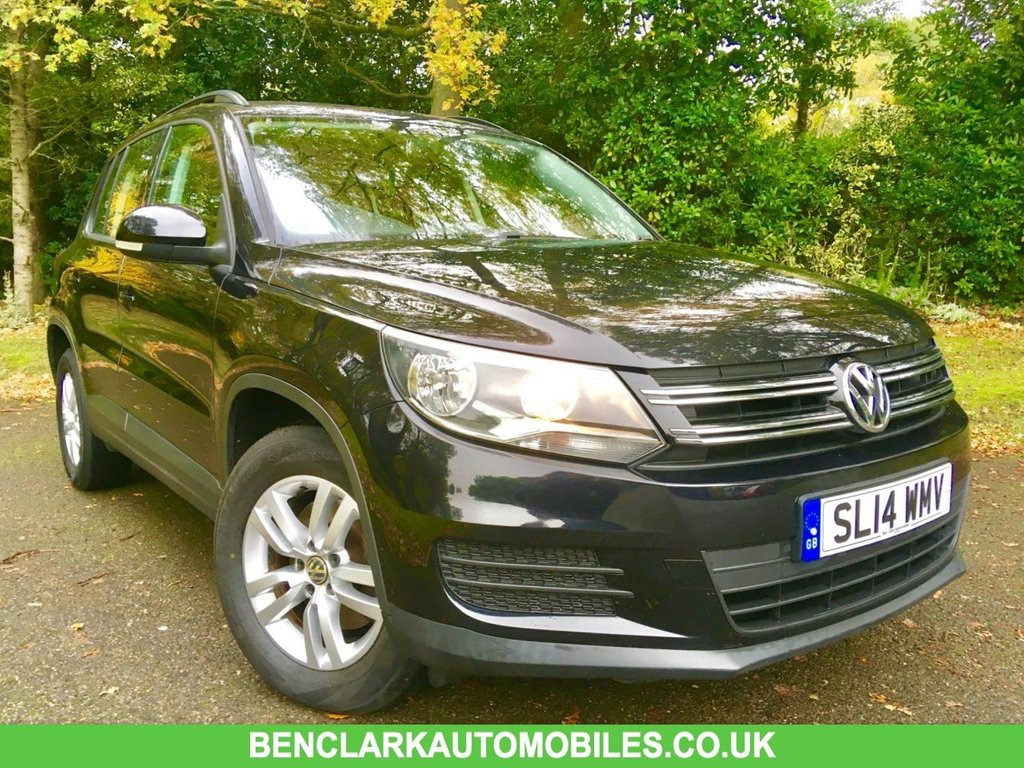 USED 2014 14 VOLKSWAGEN TIGUAN 1.4 S TSI BLUEMOTION TECHNOLOGY 5d 158 BHP ONLY 37,000 MILES/ X5 VW DEALER SERVICE STAMPS ' GREAT CONDITION INSIDE AND OUT ,,LAST SERVICED @35,424 MILES