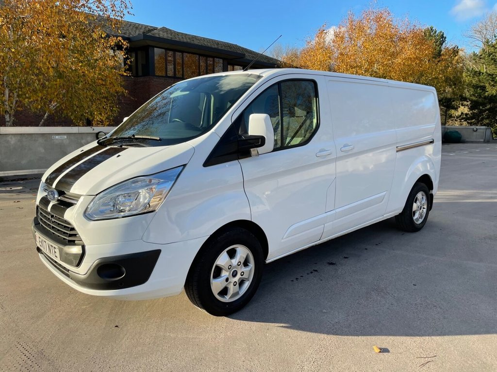 USED 2017 17 FORD TRANSIT CUSTOM 290 LIMITED 2.0TDCi 130ps L2 H1 *ALLOYS*AIRCON*HEATED SEATS*BLUETOOTH* ALLOYS-A/C-LIMITED-BLUETOOTH