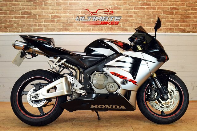 USED 2005 05 HONDA CBR600RR - FREE NATIONWIDE DELIVERY