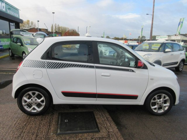 USED 2014 64 RENAULT TWINGO 1.0 DYNAMIQUE SCE S/S 5d 70 BHP **JUST ARRIVED SMALL 5 DOOR **