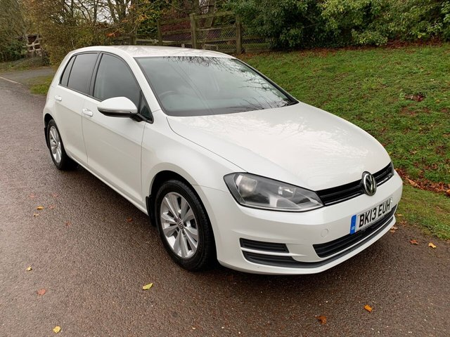 USED 2013 13 VOLKSWAGEN GOLF 2.0 SE TDI BLUEMOTION TECHNOLOGY 5d 148 BHP ** MOT ** SERVICE HISTORY ** £20 ROAD FUND ** CAMBELT DONE **