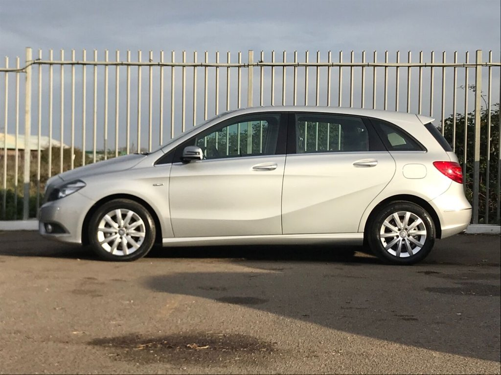 USED 2012 12 MERCEDES-BENZ B-CLASS 1.6 B180 BLUEEFFICIENCY SE 5d 122 BHP