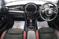 USED 2015 15 MINI HATCH JOHN COOPER WORKS 2.0 JOHN COOPER WORKS 3d 228 BHP SAT/NAV, HEATED SEATS, BLUETOOTH, DAB, TINTED GLASS, LOW MILES..