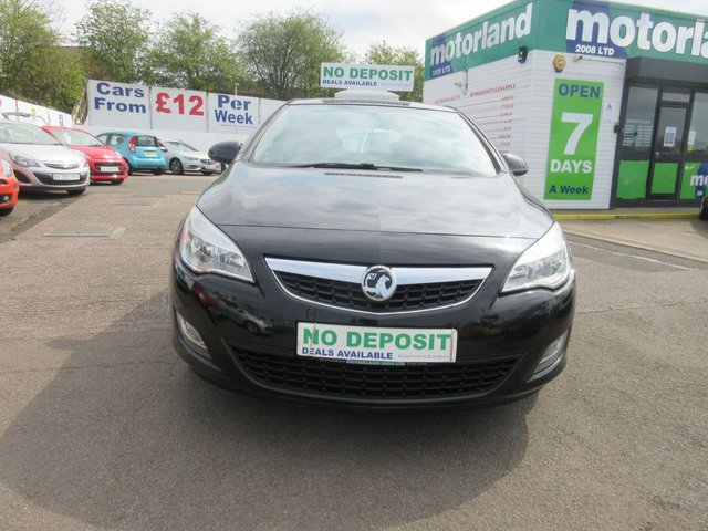 USED 2011 60 VAUXHALL ASTRA 1.6 EXCLUSIV 5d 113 BHP 12 MONTHS M.O.T... 5 DOOR HATCHBACK