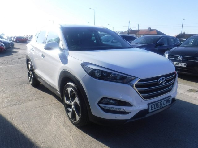 USED 2016 66 HYUNDAI TUCSON 2.0 CRDI PREMIUM 5d 134 BHP FINANCE ARRANGED**PART EXCHANGE WELCOME**UNDER HYUNDAI WARRANTY 09/21*4WD*LEATHER*REVERSING CAMERA*NAV