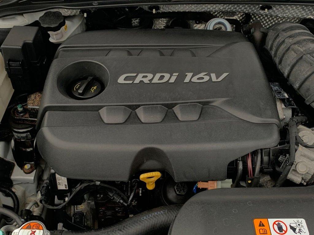USED 2013 13 HYUNDAI I40 1.7 CRDI STYLE BLUE DRIVE 5d 134 BHP