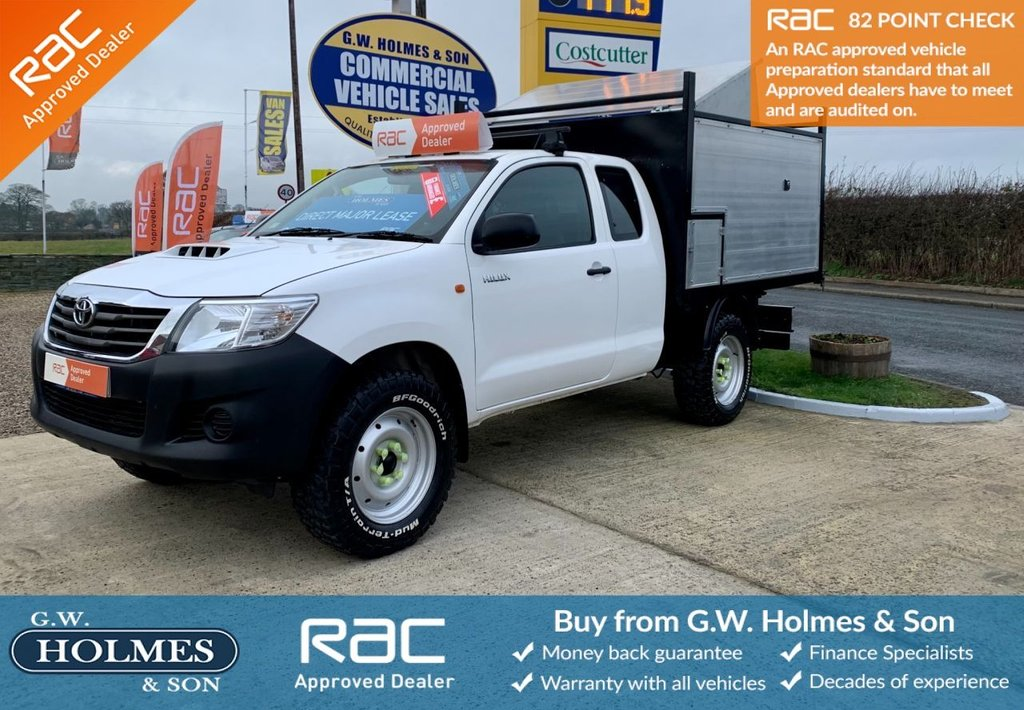 USED 2015 15 TOYOTA HI-LUX ACTIVE 4WD EXTRA CAB WITH A/C 2.5 D-4D 142 BHP 4X4 **BRAND NEW ARB TIPPER**
