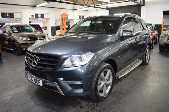 USED 2012 12 MERCEDES-BENZ M-CLASS 3.0 ML350 BLUETEC SPORT 5d 258 BHP BIG SPEC - 10 STAMPS TO 90K - FULL LEATHER - NAV - HEATED SEATS - SIDE STEPS - PRIVACY GLASS - POWERBBOT - AIR SUSPENSION