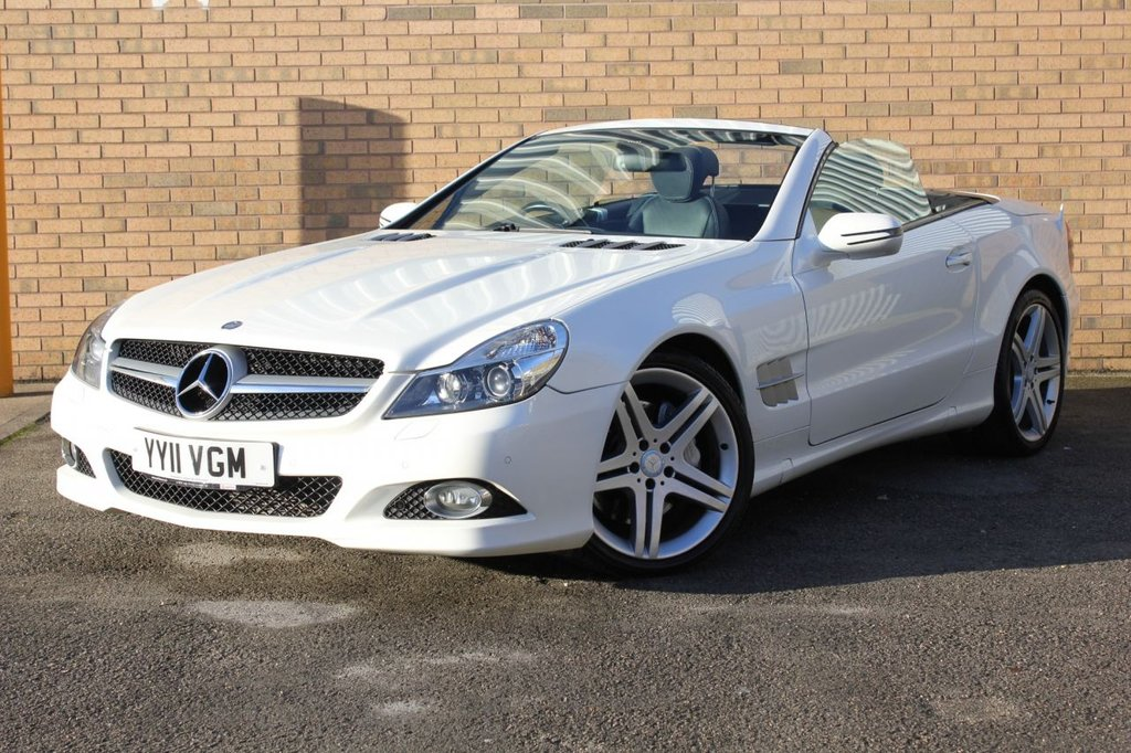 USED 2011 11 MERCEDES-BENZ SL 3.5 SL350 2d 315 BHP