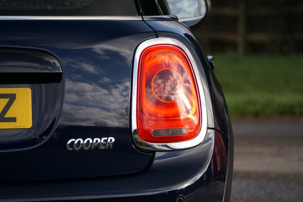 USED 2017 67 MINI HATCH COOPER 1.5 COOPER SEVEN 5d 134 BHP