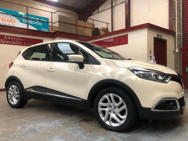 USED 2014 14 RENAULT CAPTUR 0.9 TCe ENERGY Dynamique MediaNav (s/s) 5dr ***38000 MILES S/HISTORY***