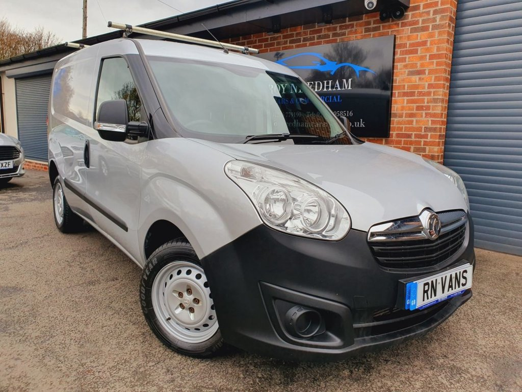 USED 2016 16 VAUXHALL COMBO 1.2 2000 L1H1 CDTI S/S ECOFLEX 90 BHP *** 1 OWNER - FVSH ***