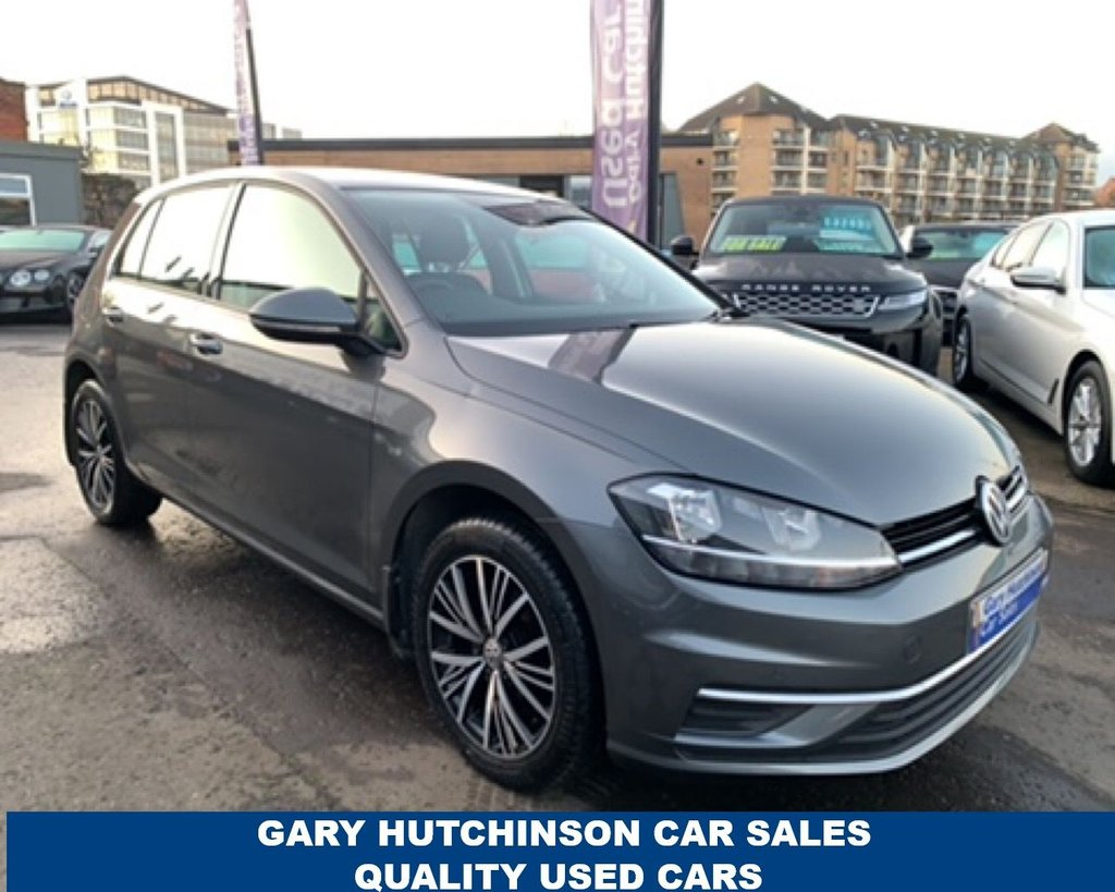 USED 2017 VOLKSWAGEN GOLF 1.6 SE TDI BLUEMOTION TECHNOLOGY 5d 114 BHP