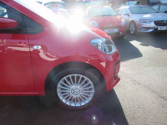 USED 2014 14 VOLKSWAGEN UP 1.0 HIGH UP 3d 74 BHP ***VERY LOW MILEAGE***