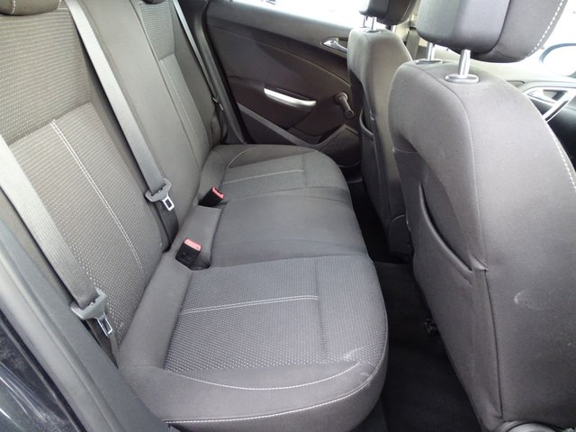 USED 2012 62 VAUXHALL ASTRA 1.7 SRI CDTI 5d 123 BHP 30 ROADT TAX 1 OWNER