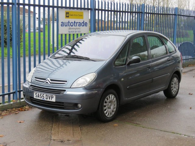 USED 2005 55 CITROEN XSARA PICASSO 1.6 PICASSO DESIRE 2 5d 95 BHP Air Con, Central Locking, CD Radio, History Air conditioning, RDS radio + single CD, ABS/EBFD, Audio remote control in steering wheel, Front fog lights, Service History.