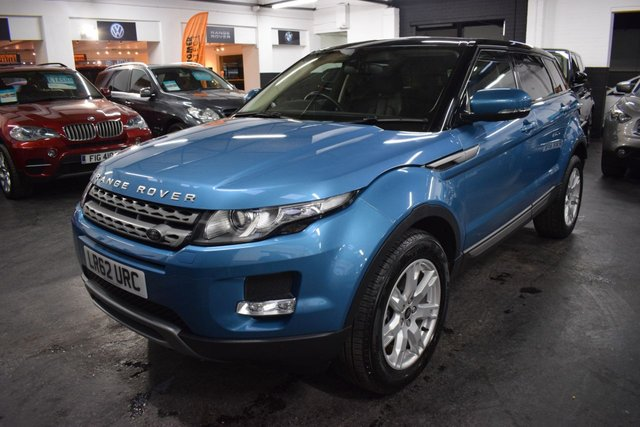 USED 2012 62 LAND ROVER RANGE ROVER EVOQUE 2.2 TD4 PURE TECH 5d 150 BHP LOW MILES - STUNNING IN MAURITIUS BLUE - ONE OWNER - 7 LANDROVER SERVICE STAMPS TO 41K - LEATHER - NAV - HEATED SEATS - PRIVACY GLASS