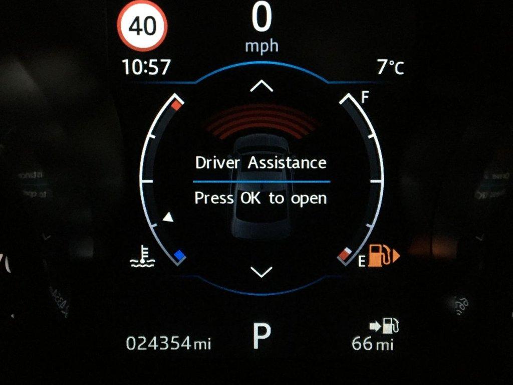 USED 2018 67 JAGUAR XF 2.0 R-SPORT 4d 177 BHP