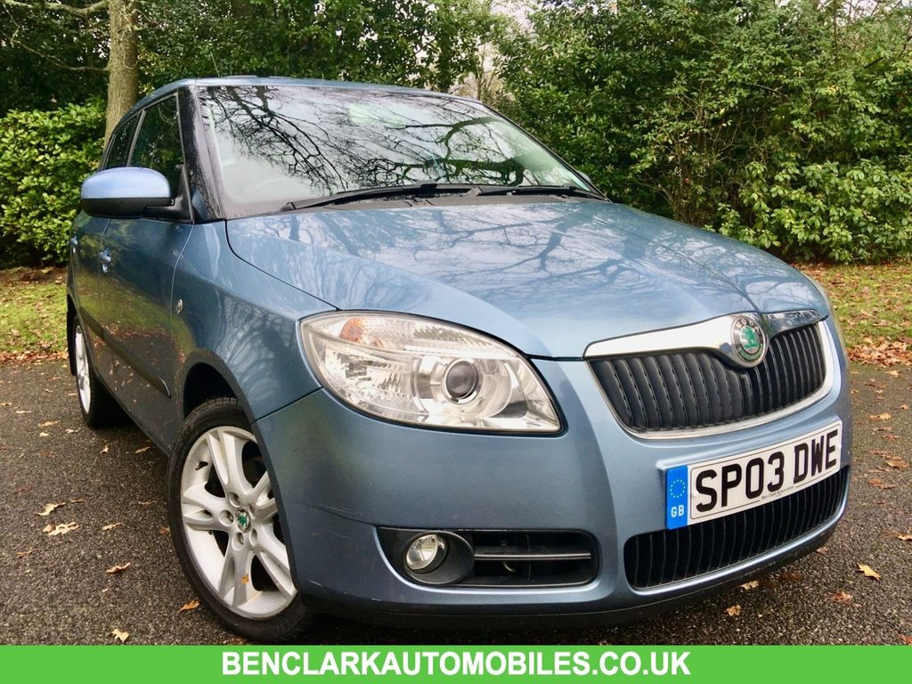 USED 2007 07 SKODA FABIA 1.6 LEVEL 3 16V 5d AUTO 103 BHP 2 OWNER/X10 SKODA DEALER STAMPS/ONLY 52,000 MILES/ ELECTRIC SUNROOF/HEATED FRONT SEATS GREAT CONDITION INSIDE AND OUT,,,LAST SERVICED @45,305 MILES