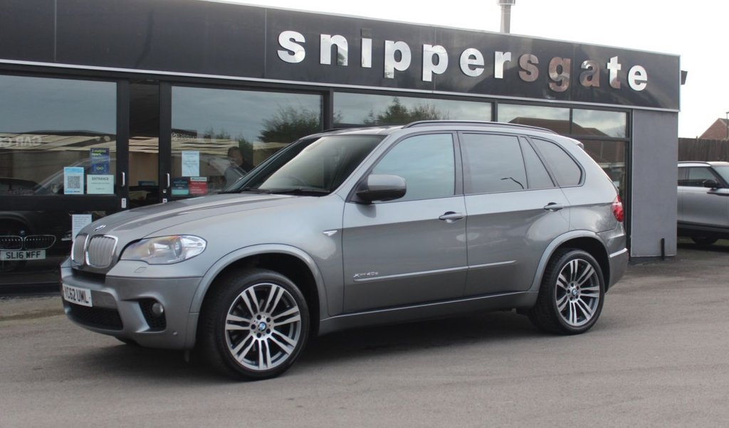 "USED 2012 62 BMW X5 3.0 XDRIVE40D M SPORT 5d 302 BHP Huge Specification Space Grey Metallic BMW X5 40d, 1 Former Keeper, 3rd Seat Row, Panoramic Opening Glass Sunroof, Reversing Camera With Top View, Electric Boot, BMW Professional Navigation System, Heated Seats, Detachable Tow Bar, 20"" Alloy Wheels, Folding/Auto Dimming Mirrors, Loudspeaker System, DAB Digital Radio, Comfort Seats,Bluetooth Telephone, Bluetooth Audio, Xenon Headlights, 2 Keys and Book Pack, Service History."