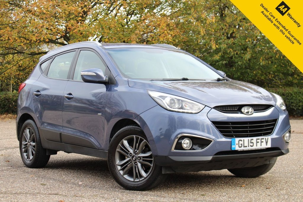 USED 2015 15 HYUNDAI IX35 1.6 GDI SE BLUE DRIVE 5d 133 BHP ** FULL SERVICE HISTORY ** FRESHLY SERVICED + LONG MOT UNTIL SEPTEMBER 2021 ** HALF LEATHER INTERIOR ** HEATED FRONT + REAR SEATS ** REAR PARKING AID ** CRUISE CONTROL ** CLIMATE CONTROL ** BLUETOOTH ** AUTO LIGHTS ** POWER FOLD MIRRORS ** ULEZ CHARGE EXEMPT ** LOW RATE £0 DEPOSIT FINANCE AVAILABLE ** NATIONWIDE DELIVERY AVAILABLE ** CLICK & COLLECT AVAILABLE **