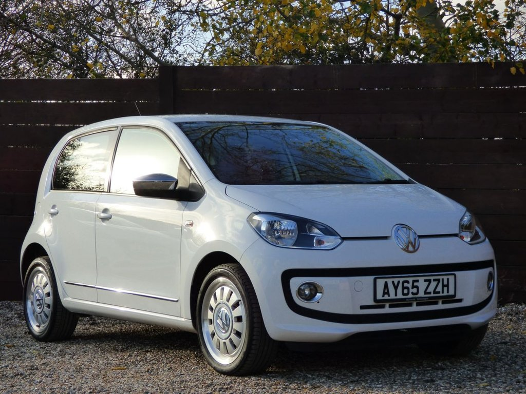 USED 2015 65 VOLKSWAGEN UP 1.0 HIGH UP 5d 74 BHP