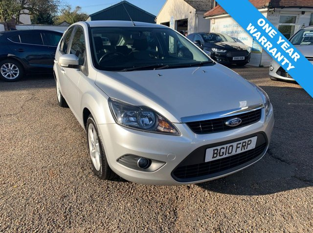 USED 2010 10 FORD FOCUS 1.6 ZETEC 5d 100 BHP ONE YEAR WARRANTY INCLUDED / FULL SERVICE HISTORY