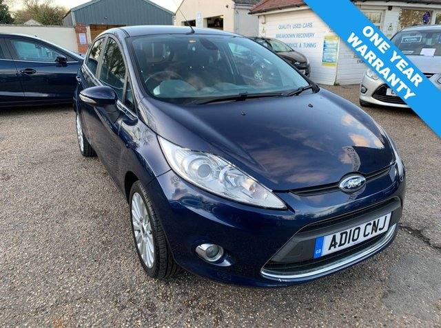 USED 2010 10 FORD FIESTA 1.6 TITANIUM TDCI 5d 94 BHP ONE YEAR WARRANTY INCLUDED /  FULL FORD MAIN DEALER SERVICE HISTORY X 10 STAMPS /  ONE OWNER CAR