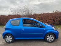 USED 2010 10 TOYOTA AYGO 1.0 BLUE VVT-I MM 3d 67 BHP * 12 MONTHS AA BREAKDOWN COVER * IDEAL FIRST CAR *