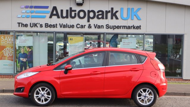 USED 2015 15 FORD FIESTA 1.0 ZETEC 5d 99 BHP . LOW DEPOSIT OR NO DEPOSIT FINANCE AVAILABLE . COMES USABILITY INSPECTED WITH 30 DAYS USABILITY WARRANTY + LOW COST 12 MONTHS USABILITY WARRANTY AVAILABLE FOR ONLY £199 (DETAILS ON REQUEST). ALWAYS DRIVING DOWN PRICES . BUY WITH CONFIDENCE . OVER 1000 GENUINE GREAT REVIEWS OVER ALL PLATFORMS FROM GOOD HONEST CUSTOMERS YOU CAN TRUST .