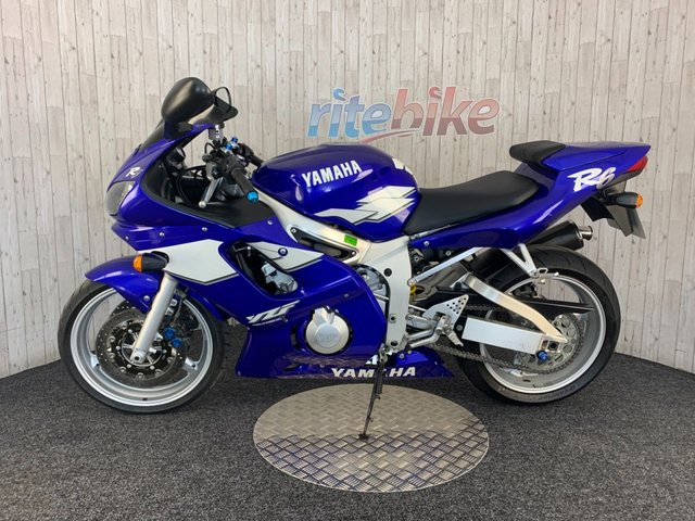 YAMAHA R6 at Rite Bike