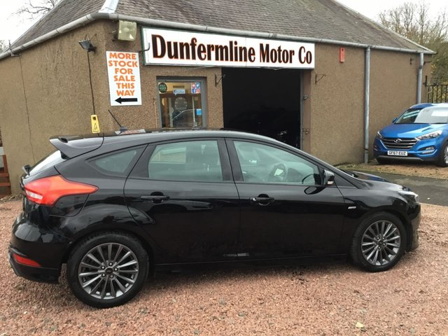 USED 2017 67 FORD FOCUS 1.5 ST-LINE TDCI 5d 118 BHP ++ LOW MILEAGE DIESEL ++