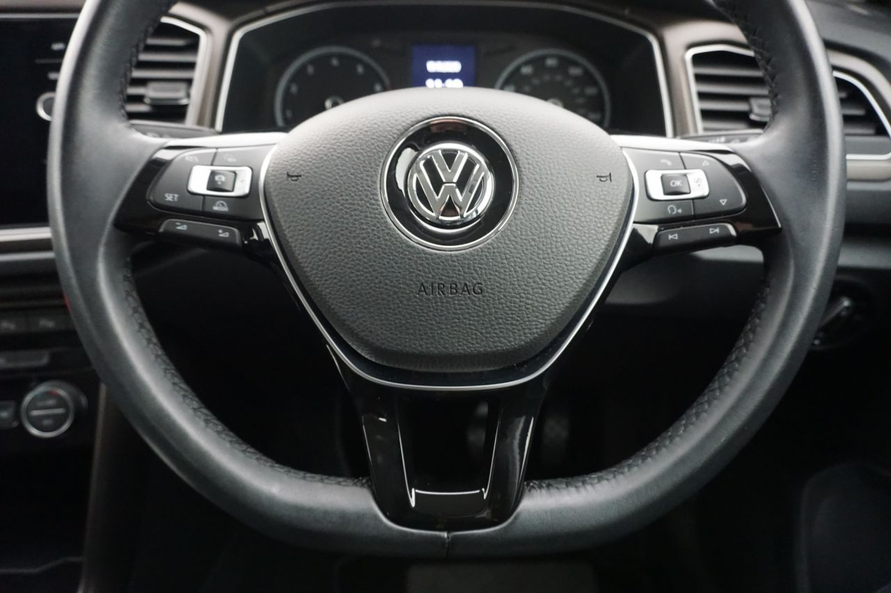 Used VOLKSWAGEN T-ROC for sale