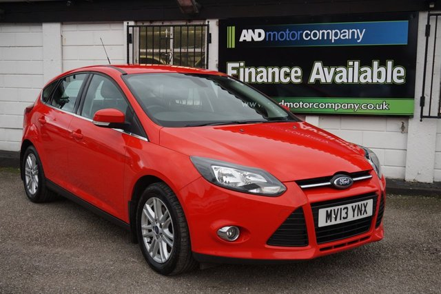 USED 2013 13 FORD FOCUS 1.6 TITANIUM 5d 148 BHP 1 Owner from New, FSH 8 Service Stamps, DAB, Bluetooth