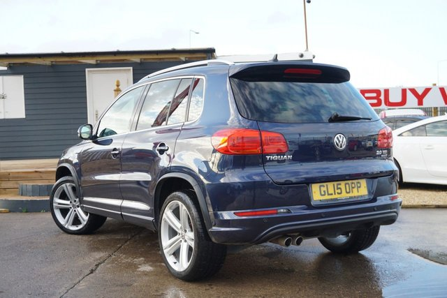 USED 2015 15 VOLKSWAGEN TIGUAN 2.0 R LINE TDI BLUEMOTION TECH 4MOTION DSG 5d 175 BHP ARRIVING SOON , VIENNA LEATHER, NAV ,SELF PARK