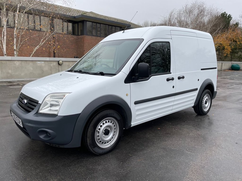USED 2011 61 FORD TRANSIT CONNECT T230 1.8TDCi 90ps LWB HR *SENSORS*E/PACK*HEATED SCREEN/MIRRORS* ONLY 1 OWNER / 67500 MILES