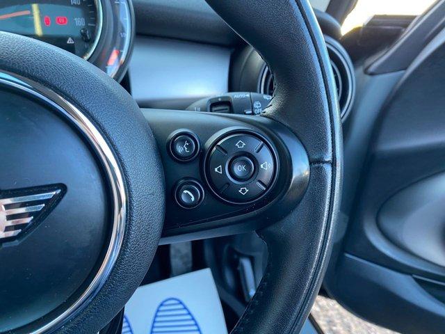 USED 2018 K MINI HATCH COOPER 2.0 COOPER S 3d 189 BHP Panoramic glass sunroof
