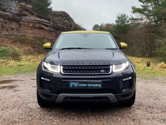 USED 2015 LAND ROVER RANGE ROVER EVOQUE 2.0 TD4 SE TECH 5d 177 BHP SAT NAV FULL LEATHER