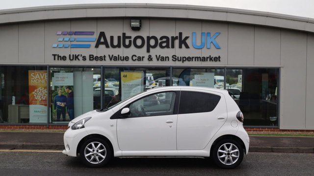 USED 2013 63 TOYOTA AYGO 1.0 VVT-I MODE 3d 68 BHP . COMES USABILITY INSPECTED WITH 30 DAYS USABILITY WARRANTY + LOW COST 12 MONTHS USABILITY WARRANTY AVAILABLE FOR ONLY £199 (DETAILS ON REQUEST). MAKING MOTORING MORE AFFORDABLE. . . BUY WITH CONFIDENCE . OVER 1000 GENUINE GREAT REVIEWS OVER ALL PLATFORMS FROM GOOD HONEST CUSTOMERS YOU CAN TRUST .
