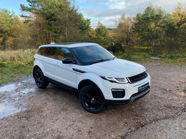 USED 2016 LAND ROVER RANGE ROVER EVOQUE 2.0 ED4 SE TECH 5d 148 BHP SAT NAV PAN SUNROOF