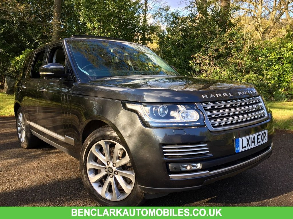 USED 2014 14 LAND ROVER RANGE ROVER 4.4 SDV8 VOGUE SE 5d AUTO 339 BHP 1 OWNER+LANDROVER/FULL L/R/SPECIALIST SERVICE HISTORY GREAT CONDITION FOR THE MILEAGE AND YEAR,, MASSIVE ENGINE SERVICE RECENTLY CARRIED OUT