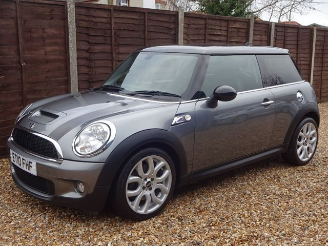 USED 2010 10 MINI COOPER S 1.6 COOPER S 3door MINI COOPER S WITH CHILI PACK AND LEATHER