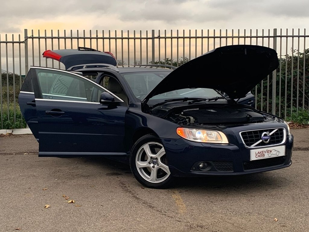USED 2012 62 VOLVO V70 2.4 D5 SE LUX 5d 212 BHP