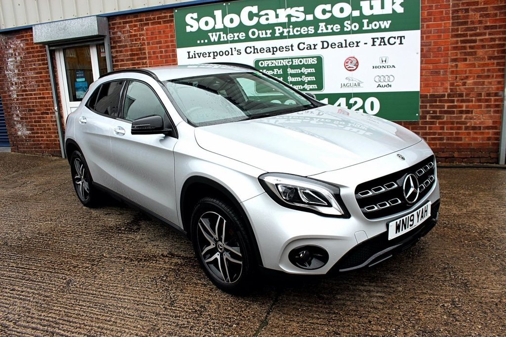 USED 2019 19 MERCEDES-BENZ GLA-CLASS 1.6 GLA 180 URBAN EDITION 5d 121 BHP +AUTOMATIC +SAT NAV +CAMERA.