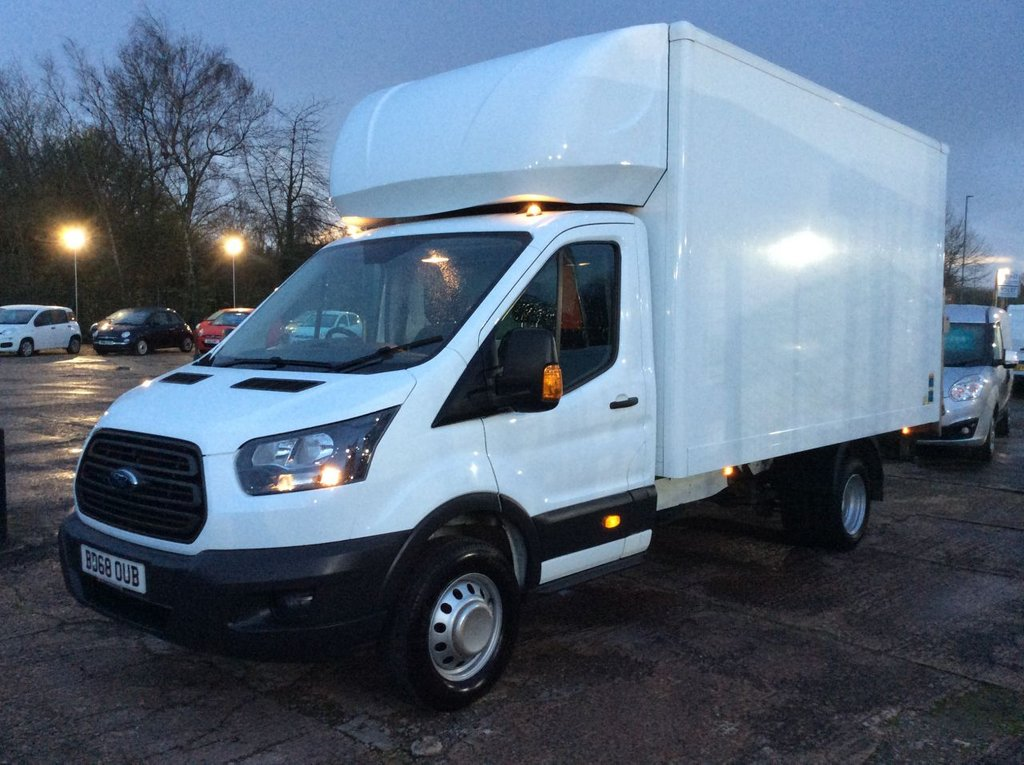 USED 2018 68 FORD TRANSIT 2.0 350 L5 LUTON 129 BHP TAIL LIFT 1 OWNER FSH MANUFACTURER'S WARRANTY TAIL LIFT