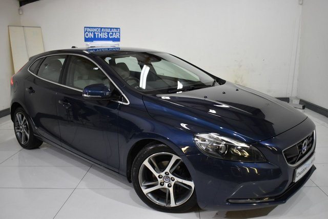 USED 2014 14 VOLVO V40 1.6 D2 SE LUX 5d 113 BHP