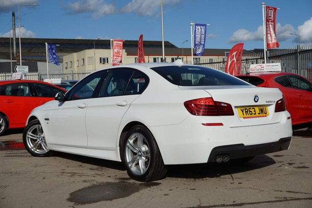 USED 2013 63 BMW 5 SERIES 2.0 520D M SPORT 4d 181 BHP FINSHED IN STUNNING FROZEN WHITE
